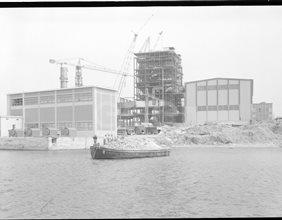 Centrale di Brindisi in costruzione