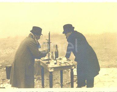 Abano. Visita di studio del Principe P.Ginori Conti e collaboratori alle solfatare. 1937