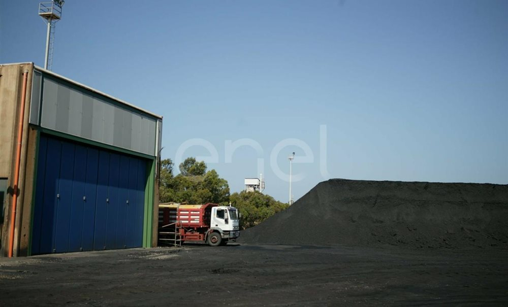 Carbonile della centrale di Sulcis
