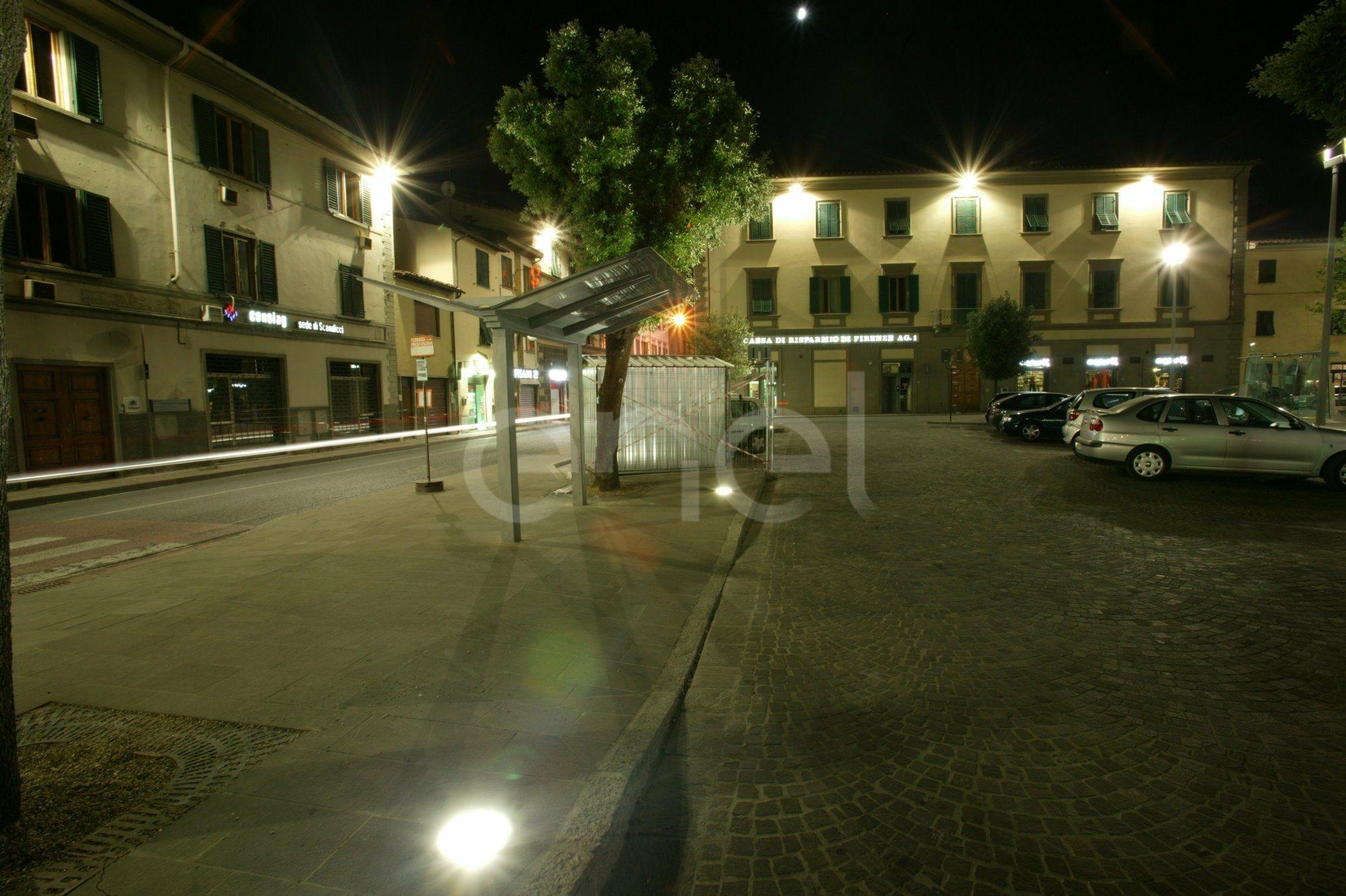 Illuminazione di Piazza Matteotti e del palazzo ottocentesco sede della Biblioteca comunale