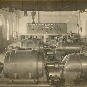 Centrale elettrica Castelnuovo. Gruppo di partecipanti alla inaugurazione della centrale elettrica.